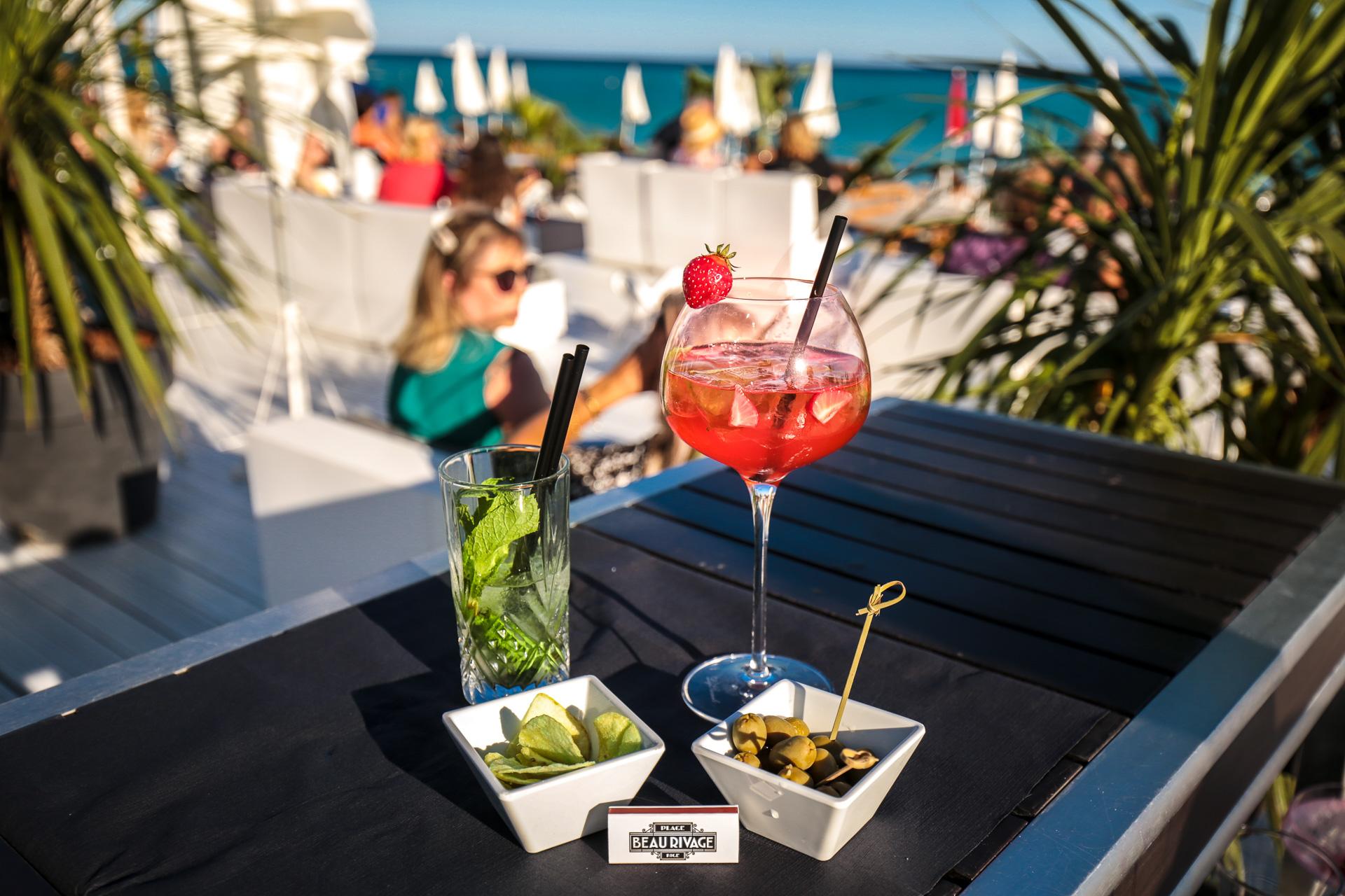 Bar de plage au Beau Rivage